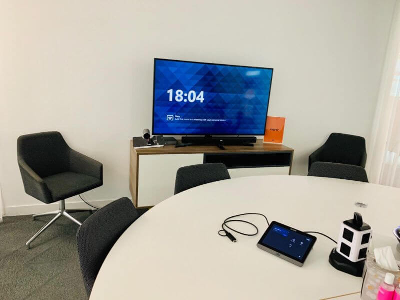 microsoft teams beauty bay meeting room yealink
