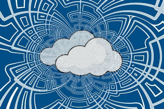 Cloud 'the future of databases', report states